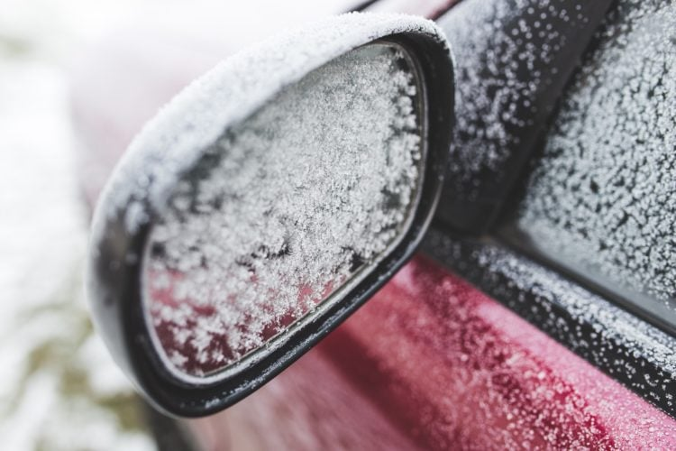 Picture showing a frosty wing mirror